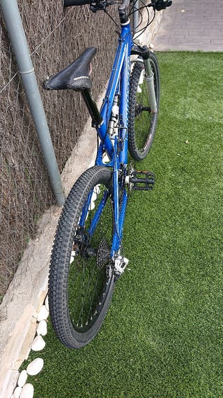 bicicleta BTT de rueda 26, marca Mondraker