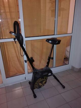 bicicleta por habitacion