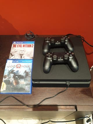 PLAYSTATION 4 SLIM 500GB +2 MANDOS +2 JUEGOS
