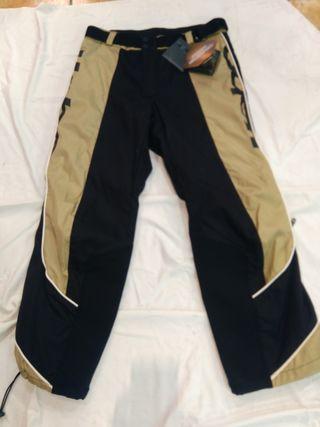 Pantalón hebo. Enduro