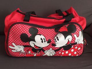 Maleta y bolsas de viaje