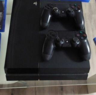 ps4 con 2 mandos + juegos