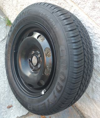 Vendo neumático nuevo