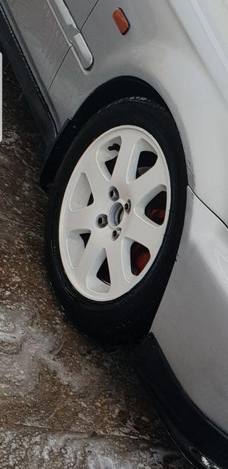 llantas número 15 color neumáticos nuevo