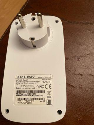 Adaptador wifi para red eléctrica