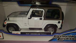 coche 1/18 jeep wrangler sahara