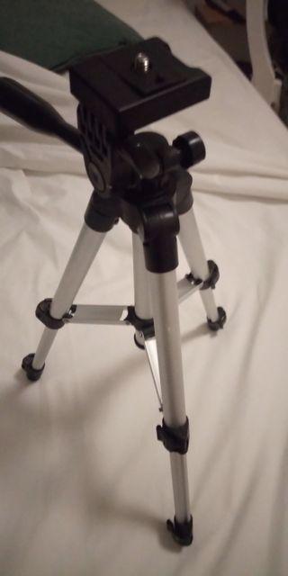 Trípode sin estrenar regalo webcam