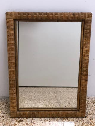 Espejo de ratán vintage