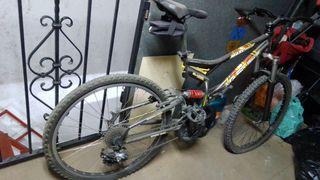 bicicleta para piezas o reparar
