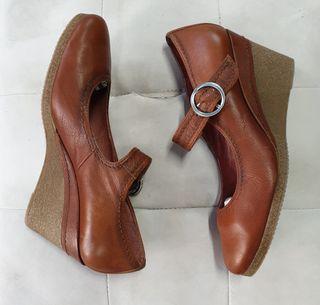 Zapatos marca GADEA talla 41
