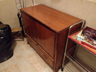 Armario mueble antiguo