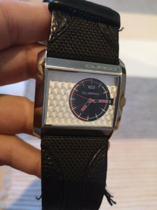 Reloj Cuadrado Custo Barcelona