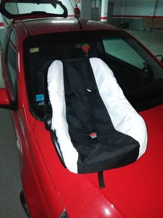 maxicosi con funda silla para coche