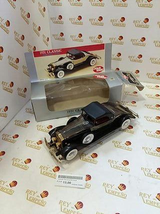 coche colección 1931 Clássic