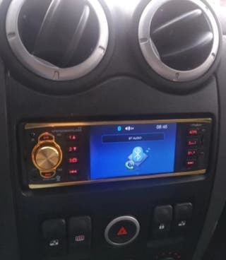 RADIO COCHE NUEVA CON PANTALLA
