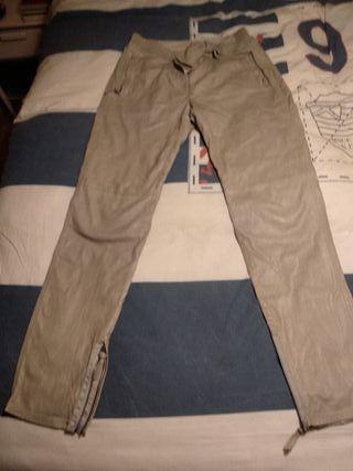 Pantalón de cuero de Valentino