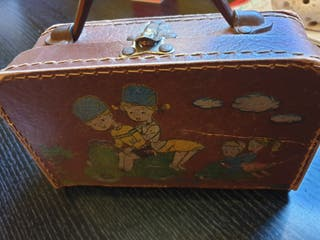 maleta juguete muy antigua
