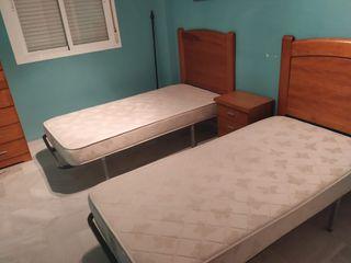 Dormitorio mesita sumiers colchones y cabezeros
