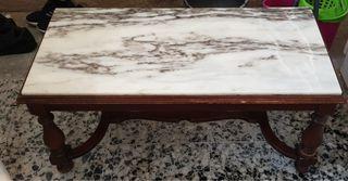 Mesa antigua de mármol