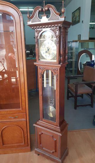 Reloj de Pie Clasico