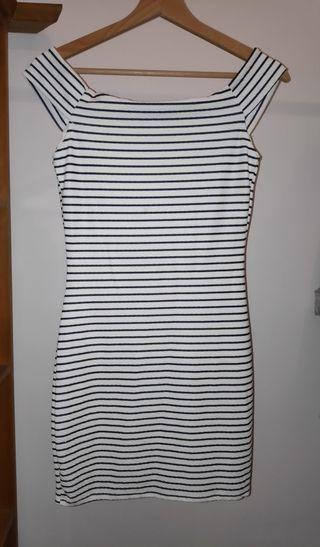 Vestido de rayas marineras