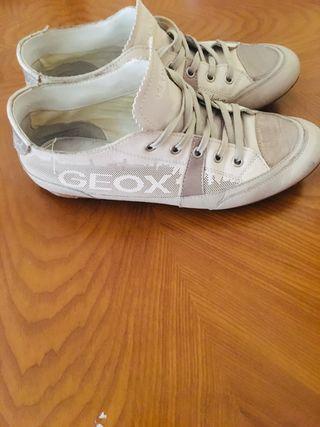Vendo zapatillas geox