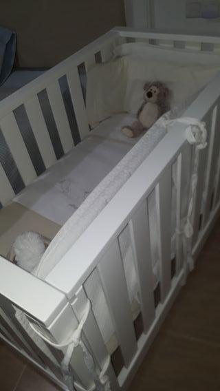 Cuna colecho en madera blanca medidas 60x120 cm