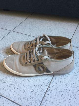Zapatos marca Aro Vialis, 39