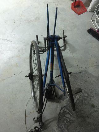 Cuadro de bicicleta para reformar
