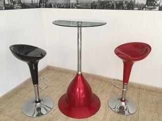 Conjunto mesa alta y taburetes