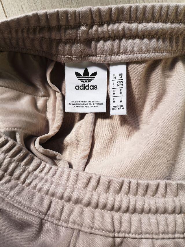 Pantalón Adidas talla M