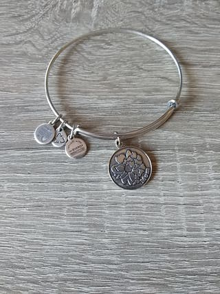 pulsera Alex And Ani