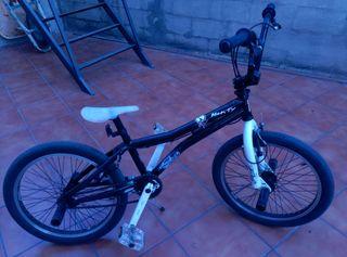 """Bicicleta """"Monty"""""""