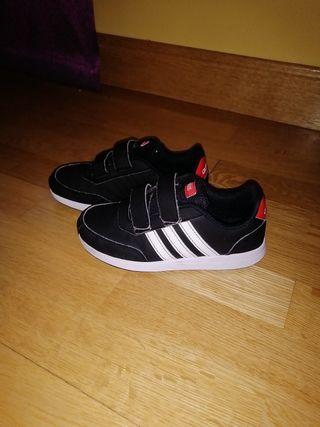 Zapatillas Adidas negras num 30