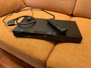 Lector DvD con entrada USB