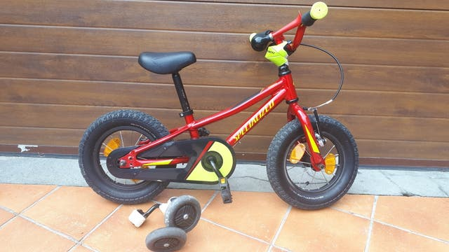 bici niño Specialized
