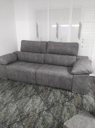 sofá nuevo, eléctrico, más 2 puf internos