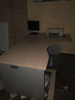 2 Mesas de oficina