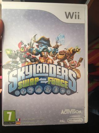Skylander swap force wii + skylanders