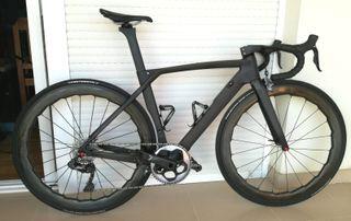 Bici carretera aero con ultegra di2 electronico