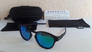 Gafas de sol OAKLEY LATCH nuevas