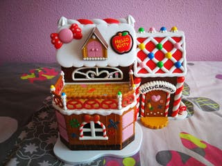 Casita de muñecas de Hello Kitty