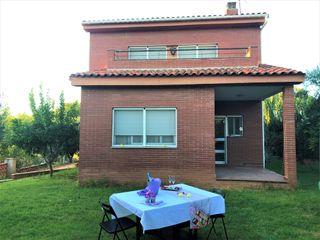 Preciosa casa seminueva en La Perla