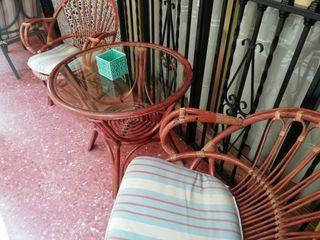Conjunto mesa y 2 sillas de jardín