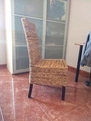silla mimbre y madera