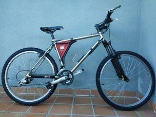 bicicleta de montaña talla M mejorada