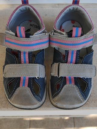 Zapatillas verano niño niña 24