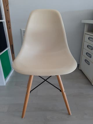 sillas estilo nordico blancas