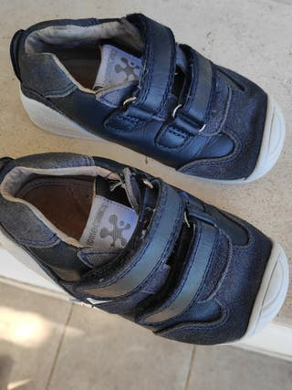 Zapatillas Biomecanics 23