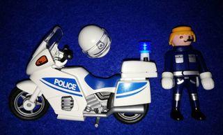 PLAYMOBIL --- POLICIA MOTORIZADA (CON LUZ)
